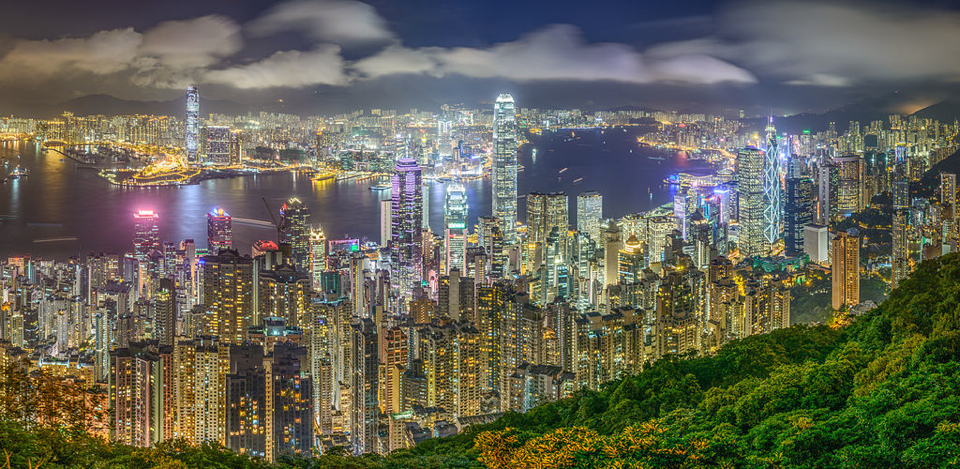 1024px-Hong_Kong_Skyline_viewed_from_Victoria_Peak