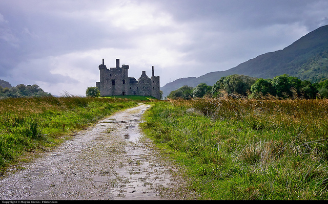 Photo by Moyan Brenn, Creative Commons via Flickr Kilchurn Castle, north of Glasgow, Scotland, in Loch Awe