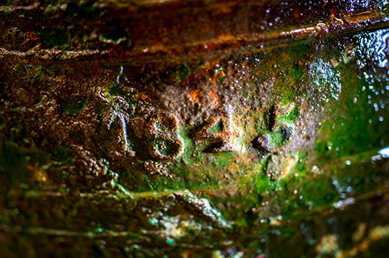 Date on bell of HMS Erebus. Photo by Thierry Boyer, © Parks Canada