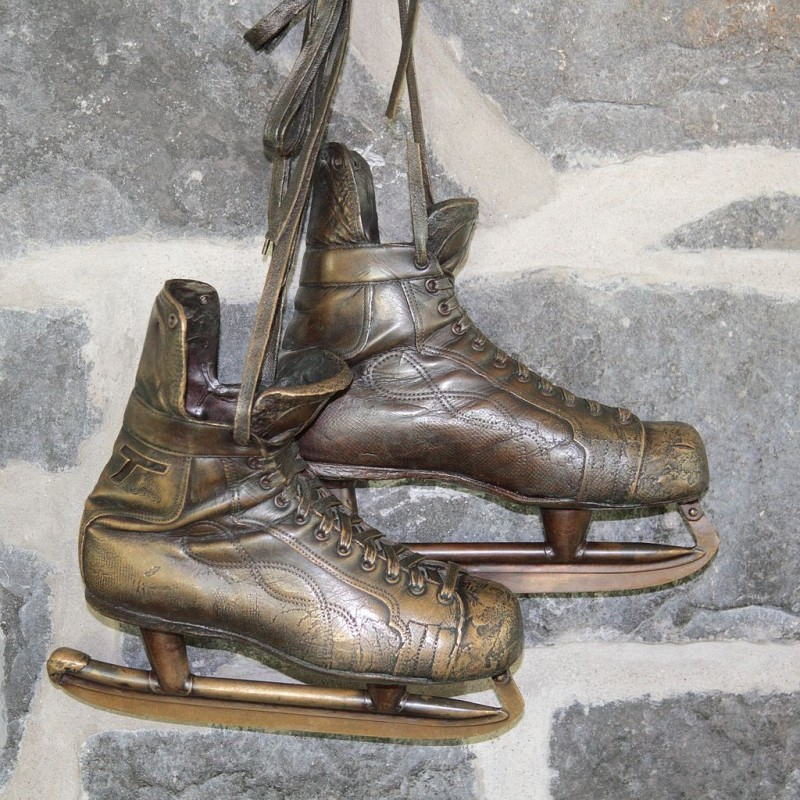 CCM Tackaberry skates worn by Jean Béliveau when he scored his 500th goal, on February 11, 1971. These are at the lac aux Castors Pavilion, Mount Royal, Quebec, Canada. Photo by Simon Pierre Barrette via Wikipedia, Creative Commons