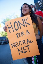 Demonstrators for net neutrality in the U.S., 2014. Photo by Stacie Isabella Turk/Ribbonhead via Flickr, Creative Commons