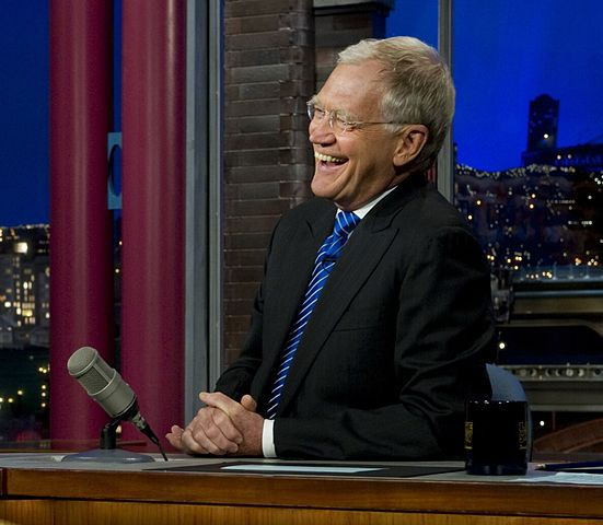 Dave Letterman on The Late Show in 2011. Photo by Mass Communication Specialist 1st Class Chad J. McNeeley/U.S. defence department, via Wikipedia
