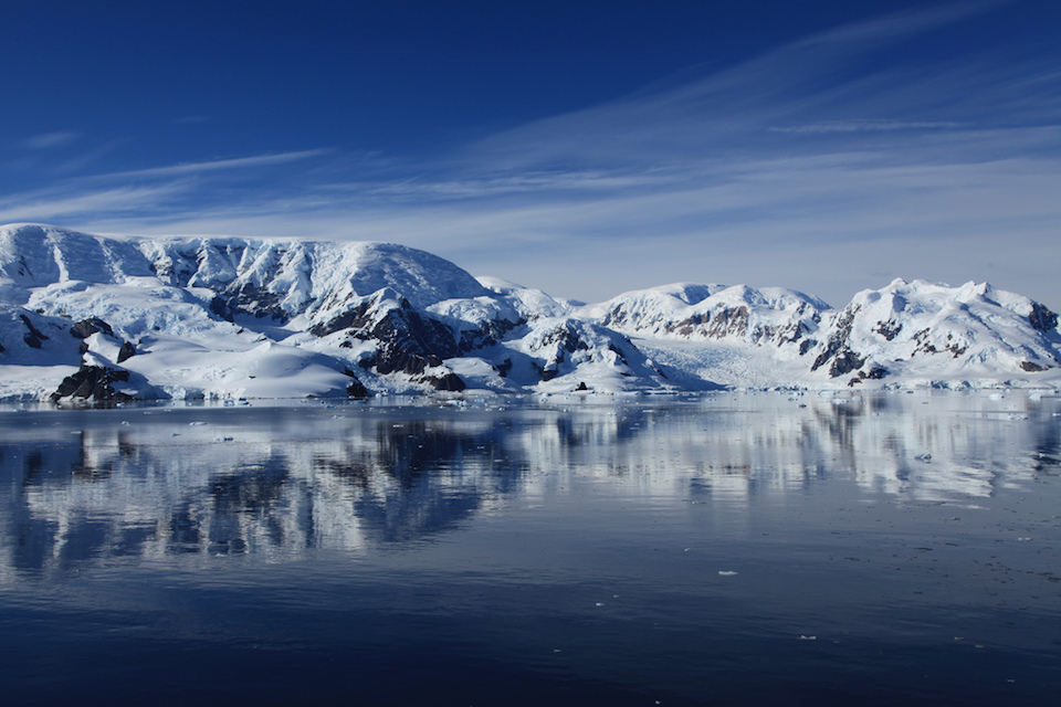 Paradise Harbour, Antarctica. Photo by Liam Quinn, Creative Commons