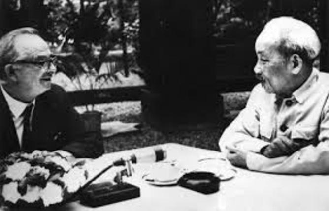 Wilfred Burchett with Vietnamese leader Ho Chi Minh. Burchett Archive/State Library of Victoria