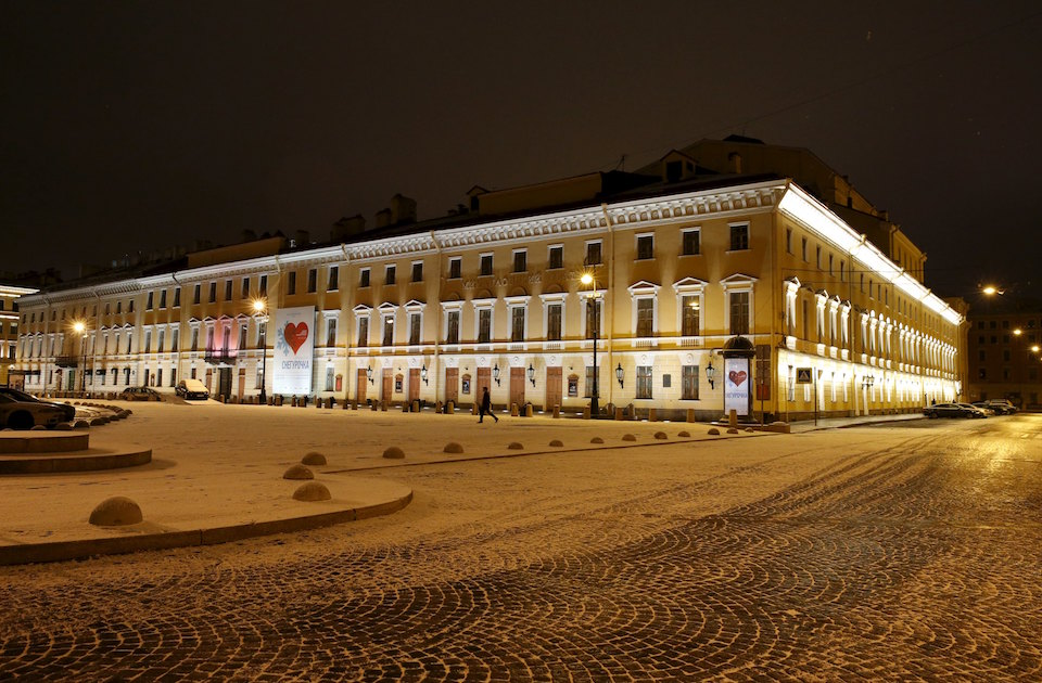 "An exterior view of the Mikhailovsky Theatre in St. Petersburg, Russia November 25, 2015. For theatregoers in St Petersburg, Nacho Duato's ""The Nutcracker"" demonstrates the global appeal of a Christmas classic. When the curtain rises at the Mikhailovsky Theatre, among the oldest opera and ballet houses in Russia, it's the culmination of hundreds of hours of toil and sweat by dancers, costume makers, set designers and musicians playing the famous score by Pyotr Tchaikovsky. REUTERS/Grigory Dukor"