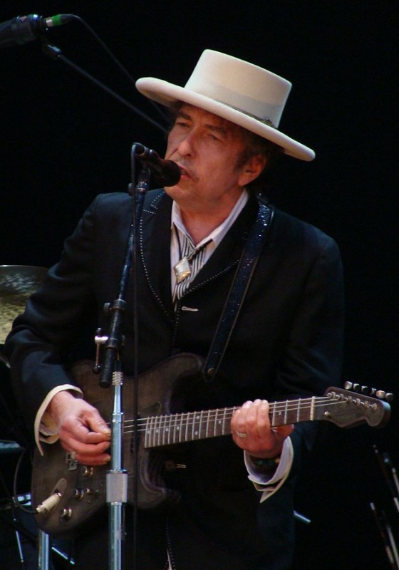 Bob Dylan performing at the Azkena Rock Festival, Spain, in 2010. Alberto Cabello/Wikipedia