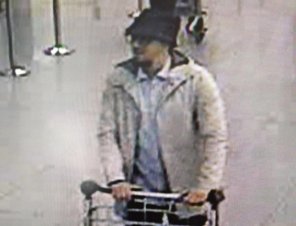 A man, who police have issued a wanted notice on suspicion of involvement in the Brussels airport attack. REUTERS/Belgian Federal Police