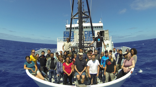 The crew on the 2015 biological sampling cruise of the ABYSSLINE in 2015 Photo: Helena Winklund, Abbyssline Project, Creative Commons