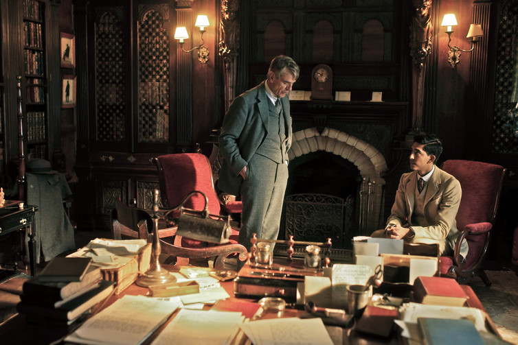 Jeremy Irons as GH Hardy and Dev Patel as Srinivasa Ramanujan in The Man Who Knew Infinity. Warner Bros publicity photo