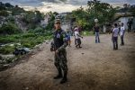 "Despite the presence of armed forces in the street, the most violent neighbourhoods of Honduras are plagued by insecurity. Children can rarely go out and play, even during daytime. Families' movements are restricted by gangs, who impose ""invisible borders"" between their gang territories. European Commission photo, by A. Aragón 2016/Flickr"