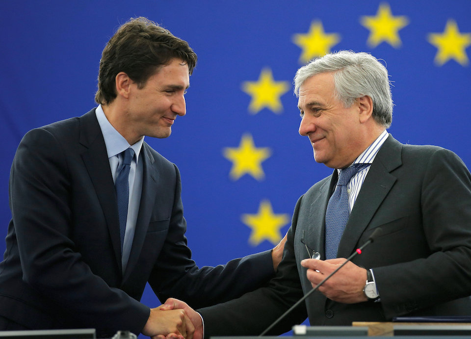 Canada's Prime Minister Justin Trudeau (L) arrives with European Parliament President Antonio Tajani to adress the European Parliament in Strasbourg, France, February 16, 2017.  REUTERS/Vincent Kessler