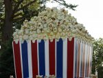 Giant popcorn box. Photo by Chris via Flickr, Creative Commonshttps://www.flickr.com/photos/techsavi/
