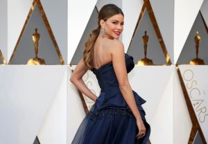 Presenter Sofia Vergara poses as she arrives at the 88th Academy Awards in Hollywood