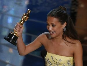 Alicia Vikander receives the Oscar for Best Supporting Actress for her role in
